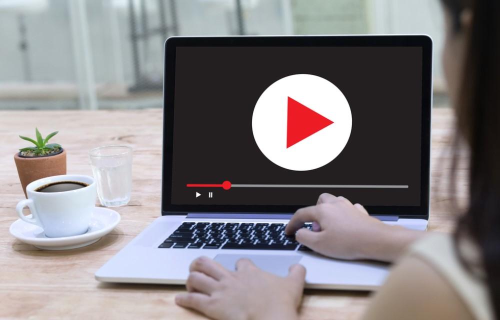 Narração de Vídeos Para Internet